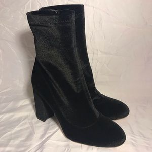 Sam Edelman Women's Calexa Sock Velvet Bootie